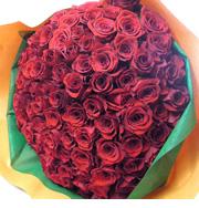 記念の数のバラ